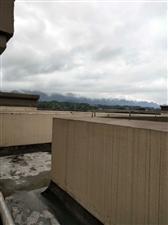 天生湖洋房3室 2厅 1卫55万元屋顶可用