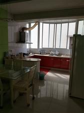 农行公寓5室3厅2卫85万元