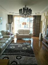 怡和名士豪庭3室 2厅 2卫200万元
