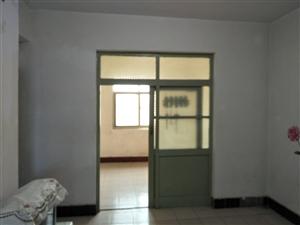 方圆第三生活区2室 1厅 1卫33万元