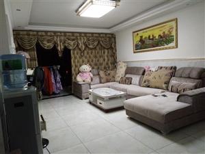 博宇名居3室 2厅 2卫62.8万元