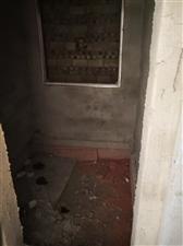 望城坡4室 1厅 1卫18.8万元