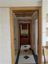 凤山新城3室 2厅 2卫115万元