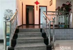 花灯广场附近楼梯房出售,46.8万
