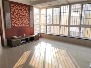 龙门山庄3室 2厅 1卫75万元