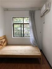 龙泽居3室 2厅 2卫2000元/月