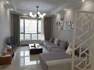 景观33精装3室 2厅 1卫61.8万元