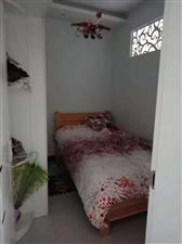 金山豪苑3室 1厅 2卫44.8万元