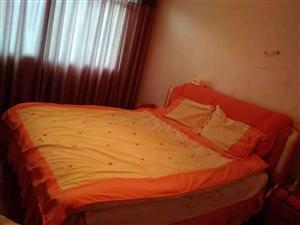 双流街上私房一栋两个门面三屋6室 3厅 3卫48.8万元