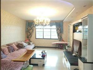 教师小区3室 2厅 2卫45.8万元