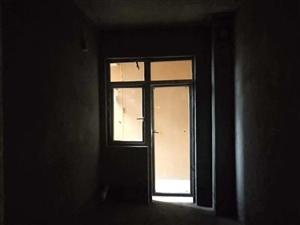 阳光御园4室 2厅 1卫90万元