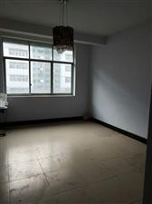 新华东路中段198平5室 3厅 2卫76万元