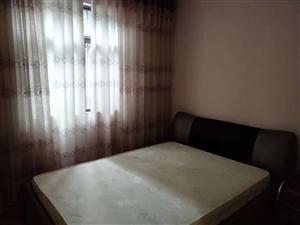 阳光大院3室 2厅 1卫1066元/月