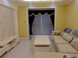 春天国际全新装修全新家具,双厅双卫,老证可按揭