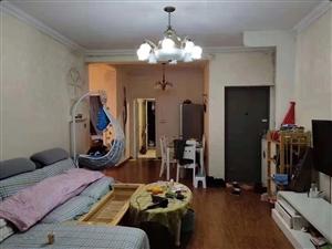 领秀边城中装2室 2厅 1卫36.8万元