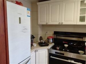 御景湾124平米复式楼高档装修带所有家具家电
