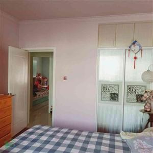 安环南小区3室 2厅 1卫120平米4楼精装低价出售