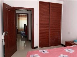 碧水绿洲2室 2厅 1卫99平米一楼精装修低价出售