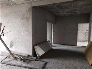 天桥社区4室 2厅 2卫35.8万元