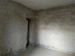 迎凤小学旁3室 2厅 2卫35.8万元