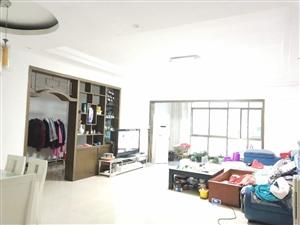 东大街3室 2厅 2卫46.8万元