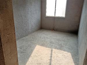 铂金尊城141.17大户型4室全新毛坯出售