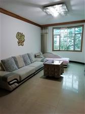 福乐多3室 2厅 1卫1300元/月
