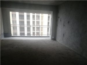 观澜湖3室 2厅 2卫79.9万元