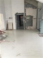 富贵牡丹园11楼复式270平装修未住带储125万元