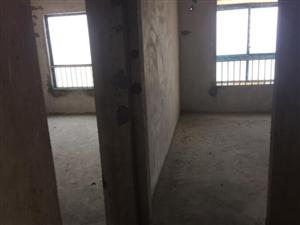 中央豪庭3室 2厅 2卫47.8万元