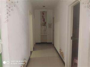 金龙居业3室 2厅 2卫42万元