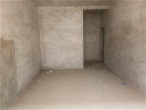康宁新城4室 2厅 2卫70万元