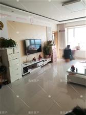 渤海锦绣城3室 2厅 2卫163万元