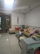 中山花园4室 2厅 2卫183万元