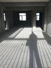 南湖学府 三室两厅一卫 五楼 129平 49万