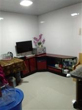 磷矿小区旁新交警队对面4室 1厅 1卫30.8万元