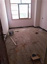 望城坡3室 2厅 1卫24.8万元