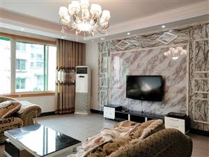 仁和街旁3室 2厅 2卫63.8万元