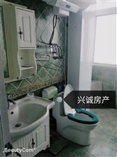 龙凤小区3室 2厅 1卫37万元