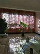 凤凰城3室 2厅 2卫76万元