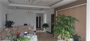 阳光城126平3室刚装修新房 中间10楼,楼中楼!