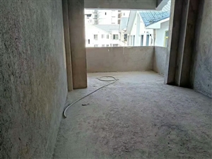 铂金尊城4室 2厅 2卫,毛坯房