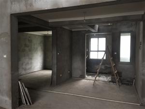 世纪鑫城6室 3厅 3卫105万元