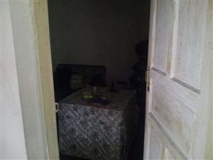 世纪佳苑5室 1厅 1卫26.8万元