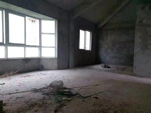 金海湾 高档别墅 5室 3厅 4卫360万元