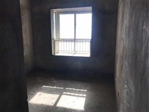保盛龙城3室 2厅 2卫68万元