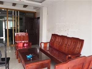 龙苑新村3室 2厅 2卫1500元/月
