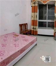金峰华庭3室 2厅 2卫1800元/月