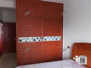 祥瑞花园精装3室带家具家电2500元/月出租