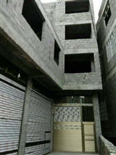 一层仓库二层房屋均可租